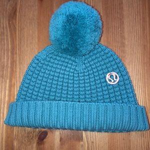 NWOT lululemon toque (hat) in teal zeal O/S